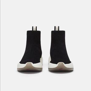 NWT Zara elastic fabric athletic shoes SZ 8 Women